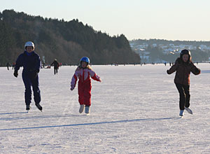 Skating on Store Stokka lake in Stavanger