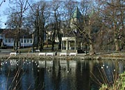 Byparken - between the cathedral and the lake